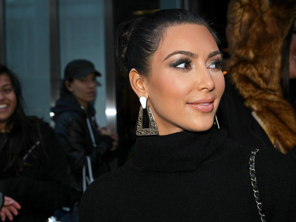 Kim-kardashian-belle-noel